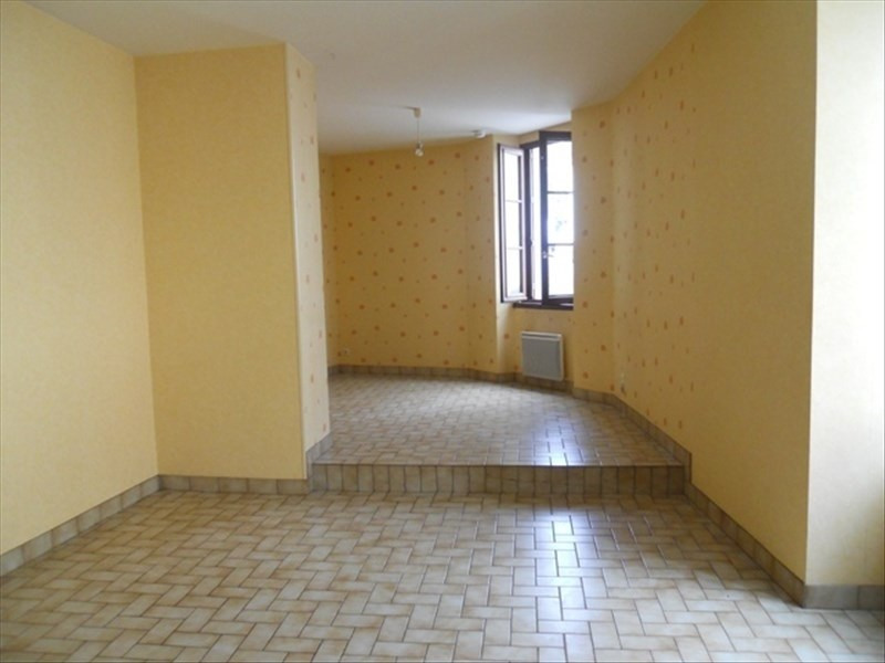 Location maison / villa Beaupreau 343€cc - Photo 1
