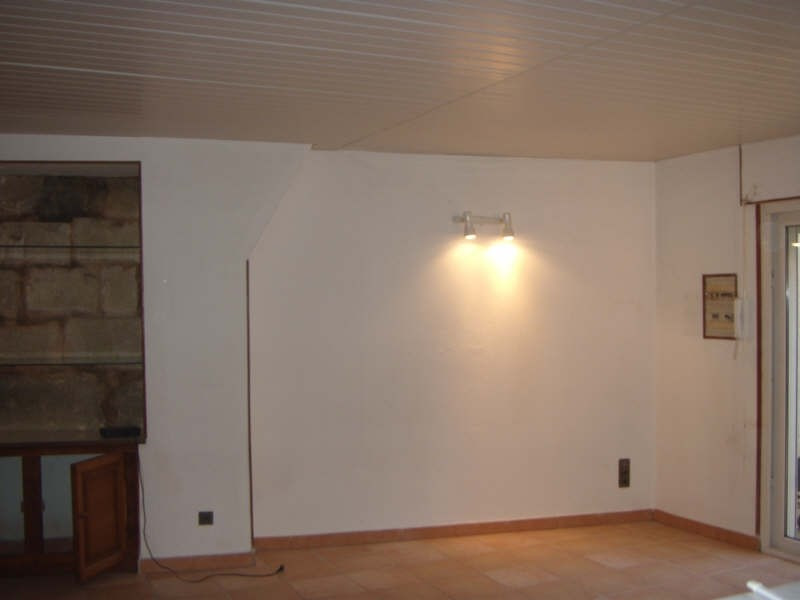 Location appartement Vergeze 508€ CC - Photo 1