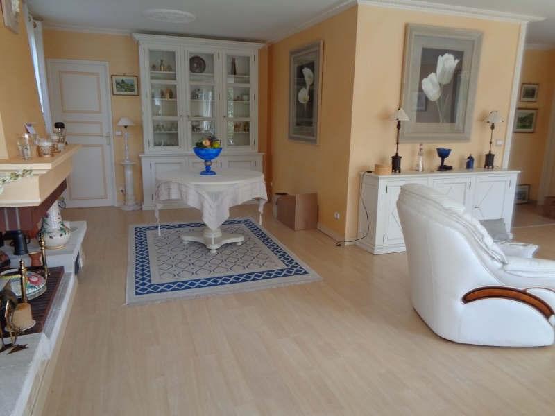 Sale house / villa Lesigny 436000€ - Picture 4