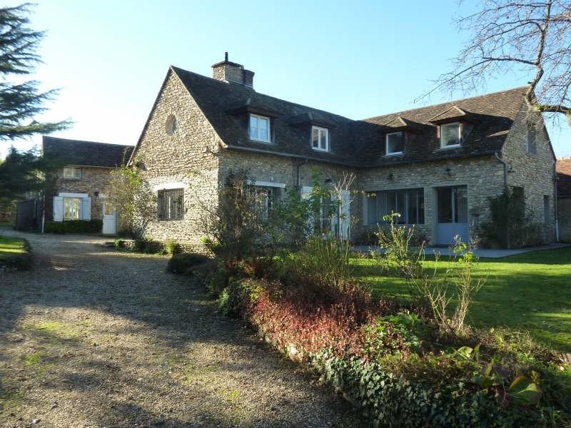 Deluxe sale house / villa Montfort l amaury 670000€ - Picture 1