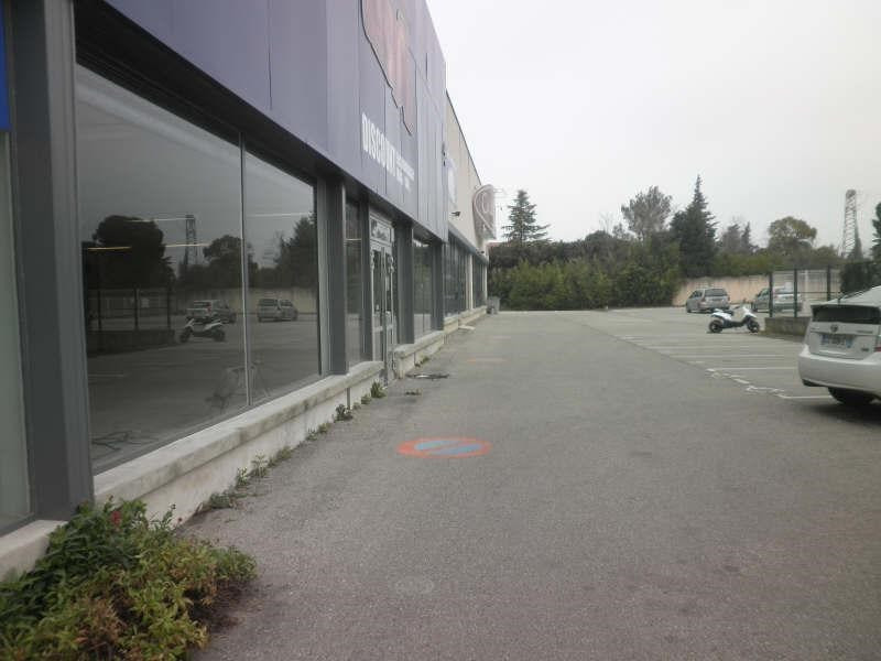 Location local commercial Pernes les fontaines 2520€ +CH/ HT - Photo 1