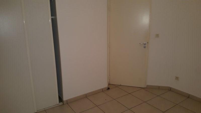 Location appartement Ste clotilde 850€ CC - Photo 9