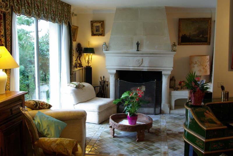 Sale house / villa St nom la breteche 860000€ - Picture 4