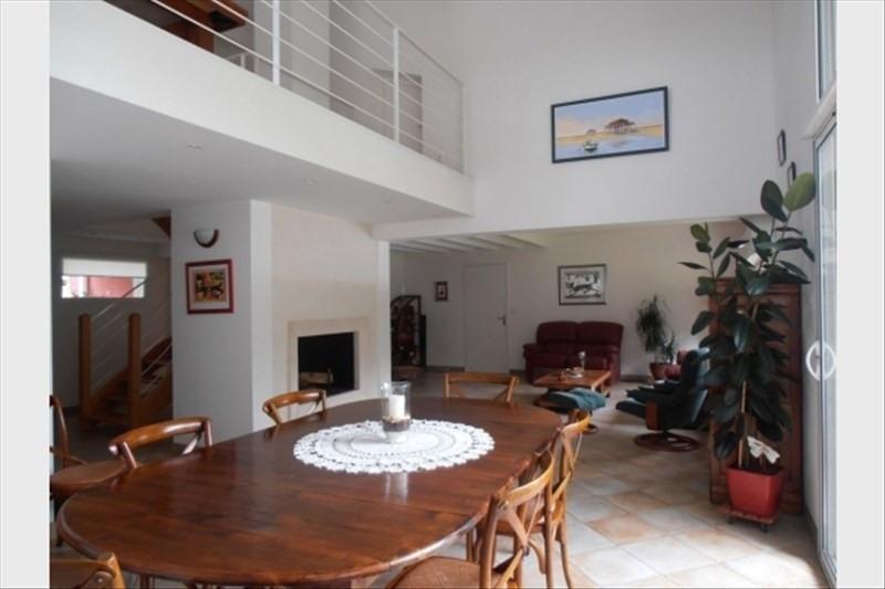 Vente de prestige maison / villa Arsac 654900€ - Photo 3