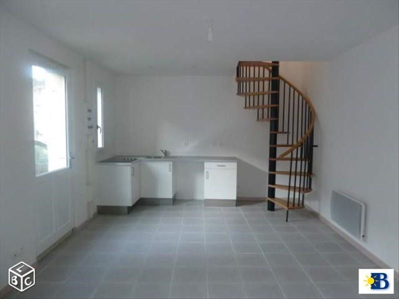 Location appartement Chatellerault 405€ CC - Photo 1