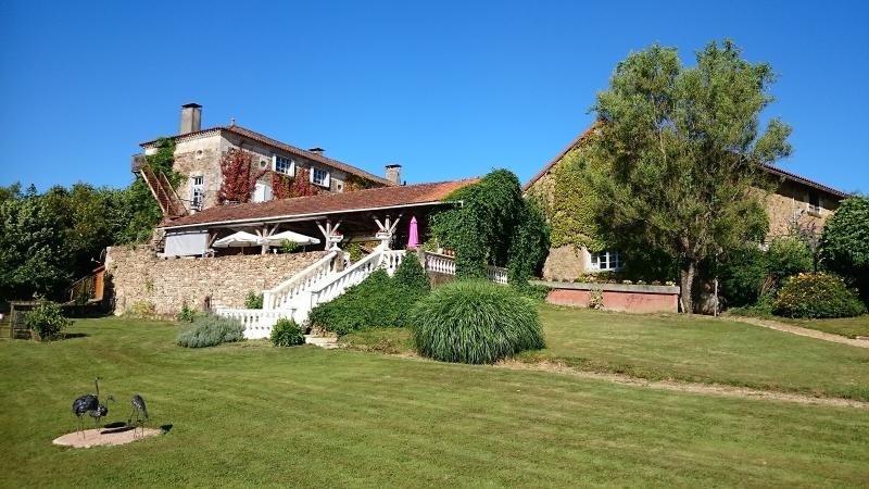 Vente de prestige maison / villa Milhac de nontron 615000€ - Photo 1