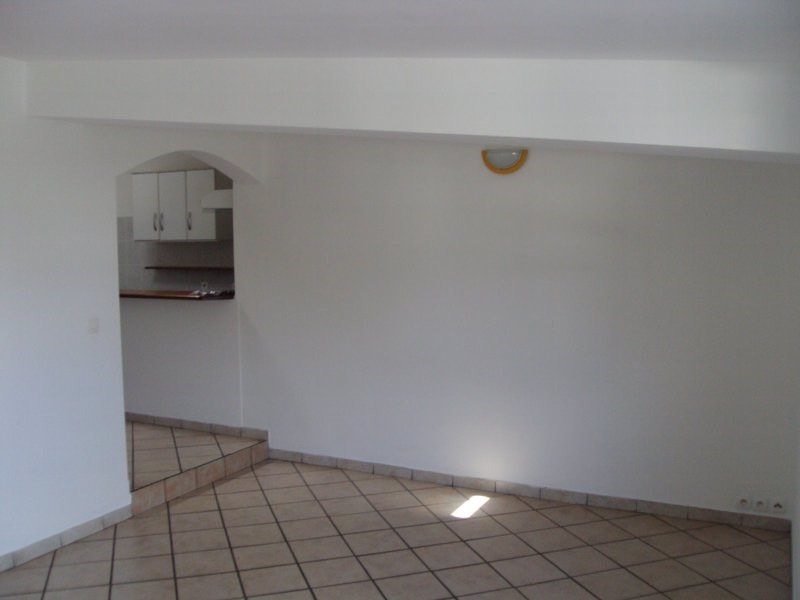 Rental apartment Ravine des cabris 520€ CC - Picture 2
