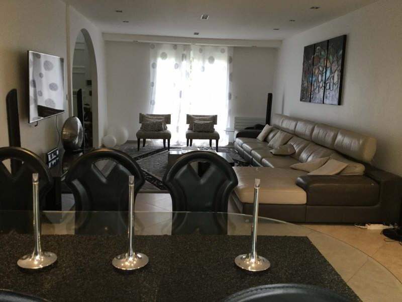 Location maison / villa Plaisir 2900€ +CH - Photo 6