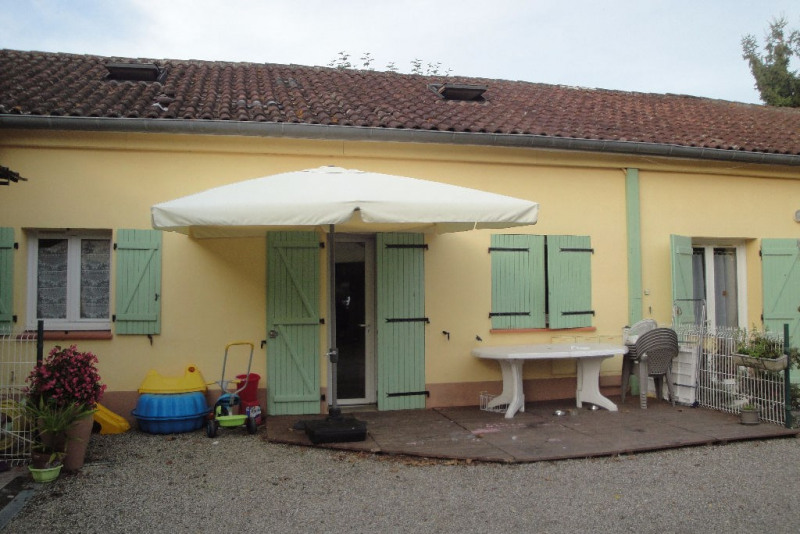 Rental house / villa Roquefort 610€ CC - Picture 1