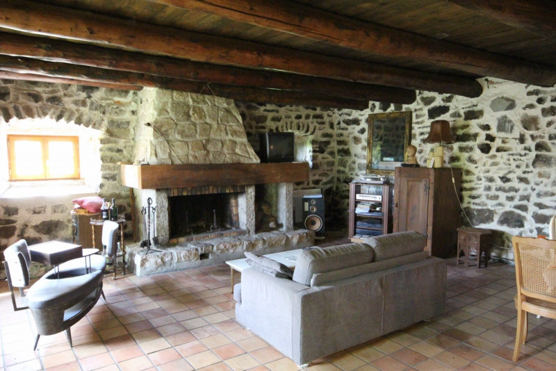 Sale house / villa Queyrieres 162 000€ - Picture 3