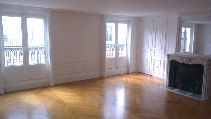 Rental apartment Paris 8ème 5 350€ CC - Picture 1