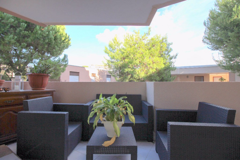 Sale apartment Nice 329 000€ - Picture 2