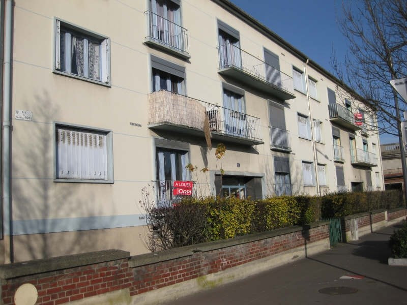 Rental apartment St quentin 520€ CC - Picture 4