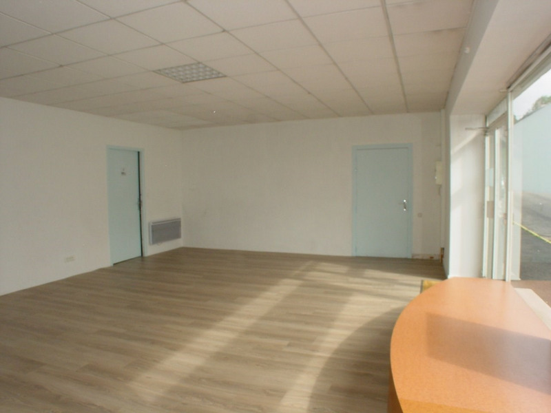 Rental empty room/storage Montfaucon en velay 350€ CC - Picture 5