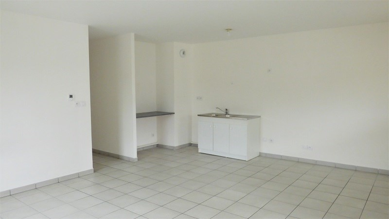 Rental apartment Bonne 870€ CC - Picture 5