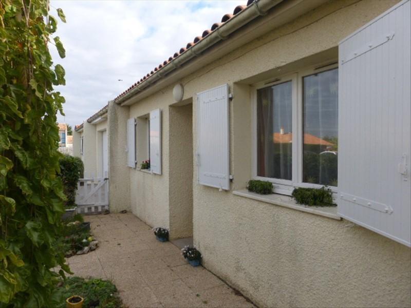 Sale house / villa St agnant 179000€ - Picture 1