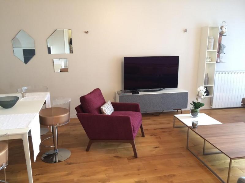 Location appartement Paris 8ème 2970€ CC - Photo 9