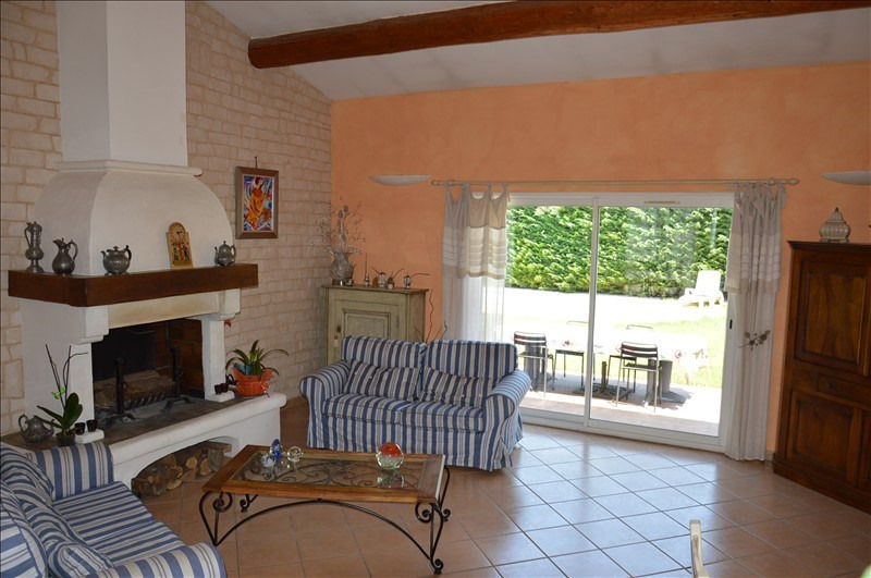 Sale house / villa Monteux 296 800€ - Picture 2