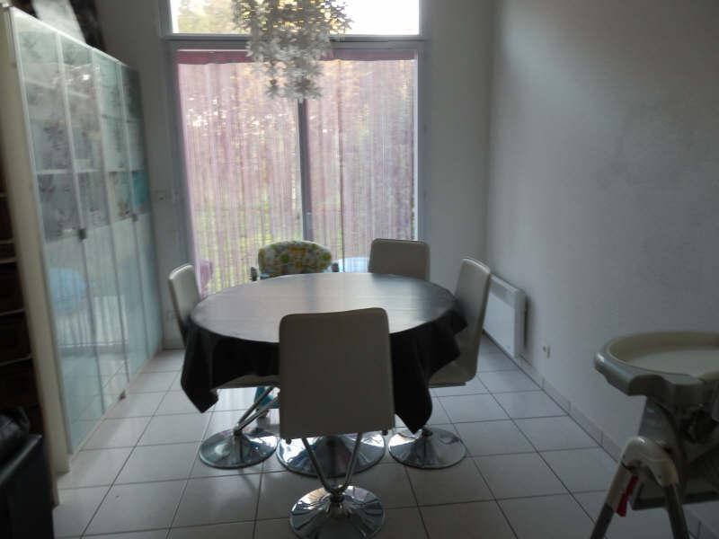 Location maison / villa St andre de cubzac 714€ CC - Photo 9