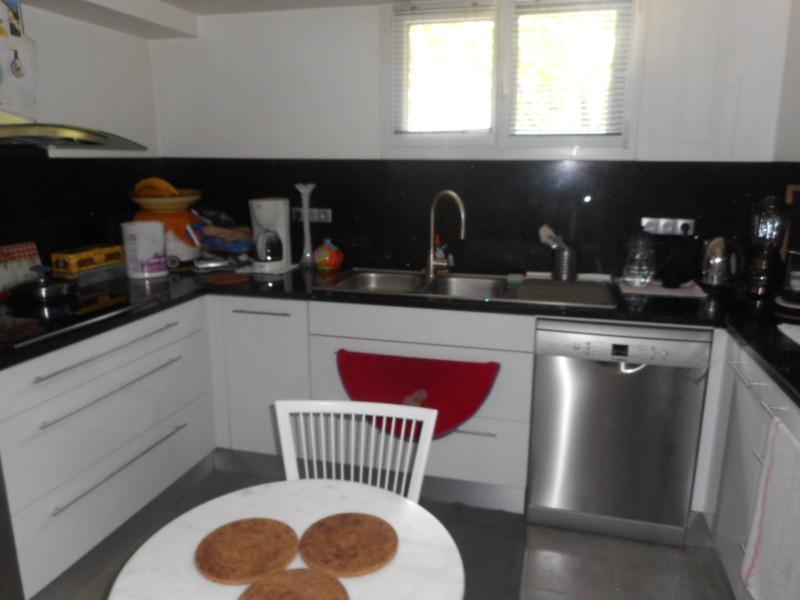 Revenda casa Ormesson sur marne 363000€ - Fotografia 2