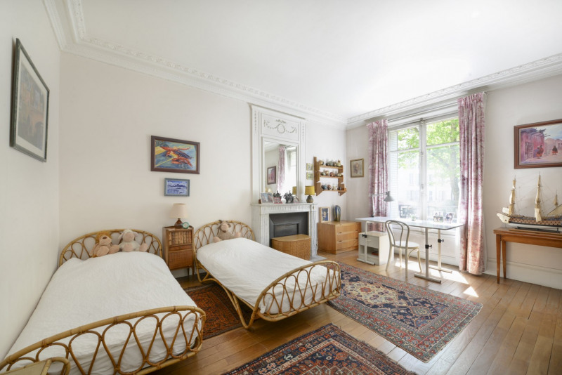 Deluxe sale apartment Neuilly-sur-seine 1900000€ - Picture 10