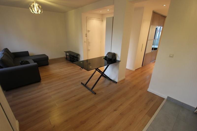 Rental apartment Montreuil 1450€ CC - Picture 2
