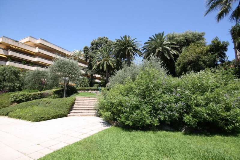 Vacation rental apartment Oree du cap d'antibes  - Picture 1