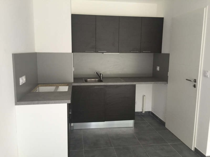 Location appartement Oullins 1 098€ CC - Photo 4
