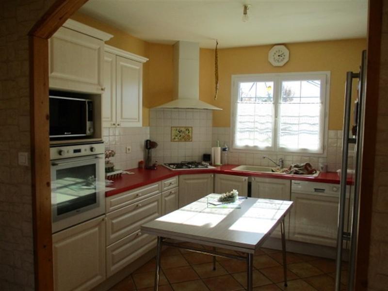 Sale house / villa St pierre de l ile 162500€ - Picture 2