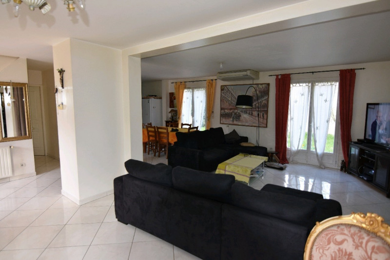 Vente maison / villa Chambly 390 000€ - Photo 2