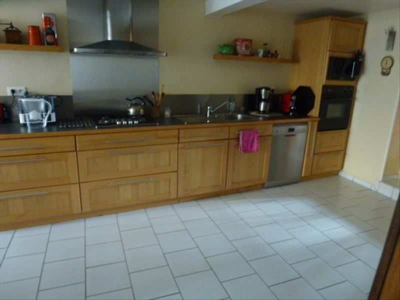 Sale house / villa Surgeres 355 350€ - Picture 5