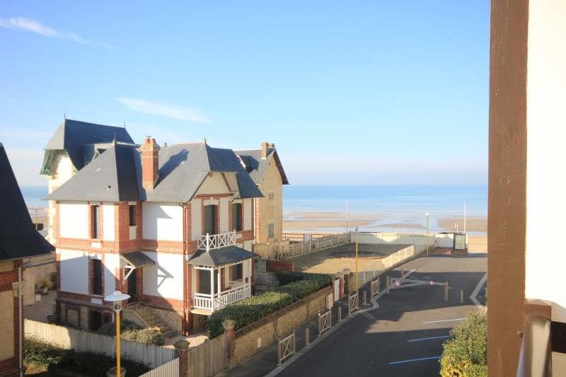 Deluxe sale apartment Blonville sur mer 330000€ - Picture 2
