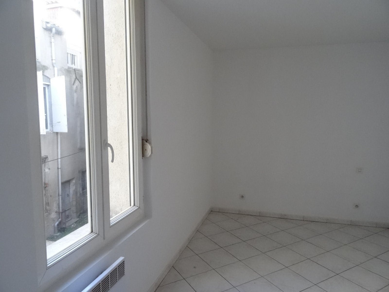 Rental apartment Agen 380€ CC - Picture 3