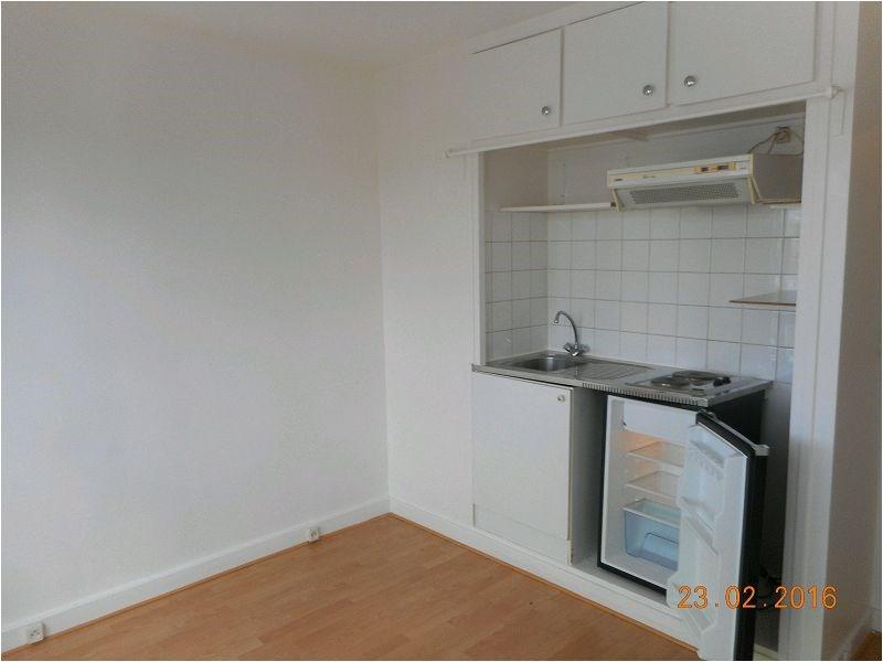 Rental apartment Paris 12ème 834€ CC - Picture 2