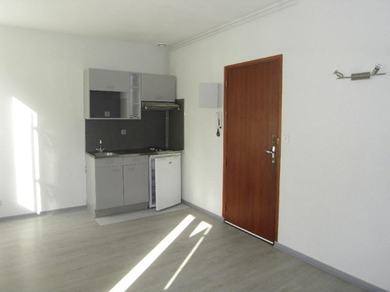 Rental apartment Cognac 375€ CC - Picture 3