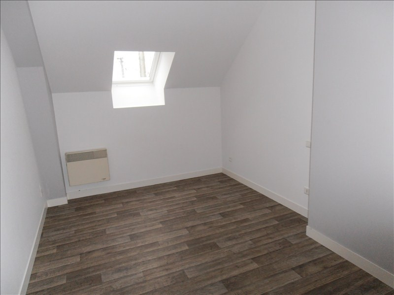 Location maison / villa Chateaubourg 600€ CC - Photo 4