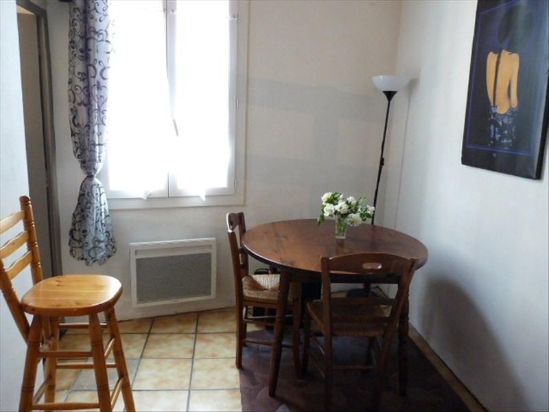 Rental apartment Aix en provence 530€ CC - Picture 2