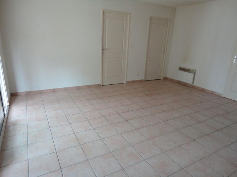 Rental apartment Aire sur l adour 555€ CC - Picture 2