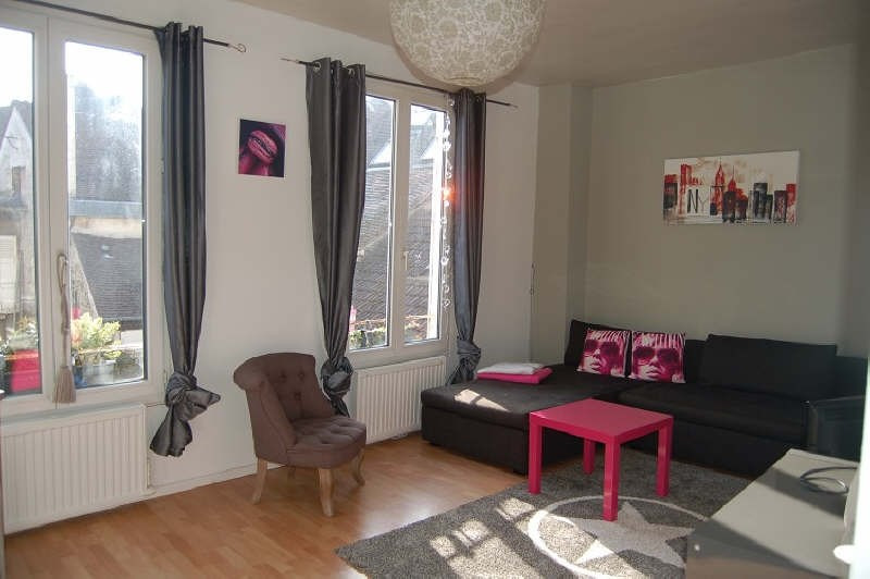 Rental apartment Senlis 831€ CC - Picture 1