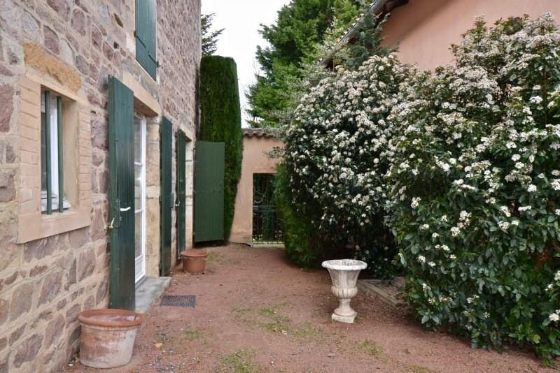 Deluxe sale house / villa Villefranche sur saone 695000€ - Picture 2