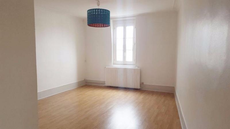 Rental apartment St germain en laye 1350€ CC - Picture 1