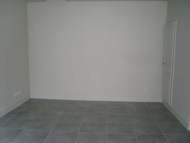 Rental apartment Nimes 649€ CC - Picture 4