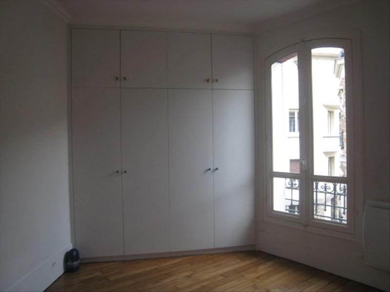 Rental apartment St cloud 1080€ CC - Picture 3