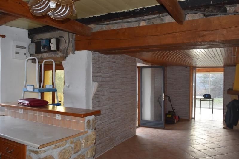 Sale house / villa Desaignes 77500€ - Picture 4