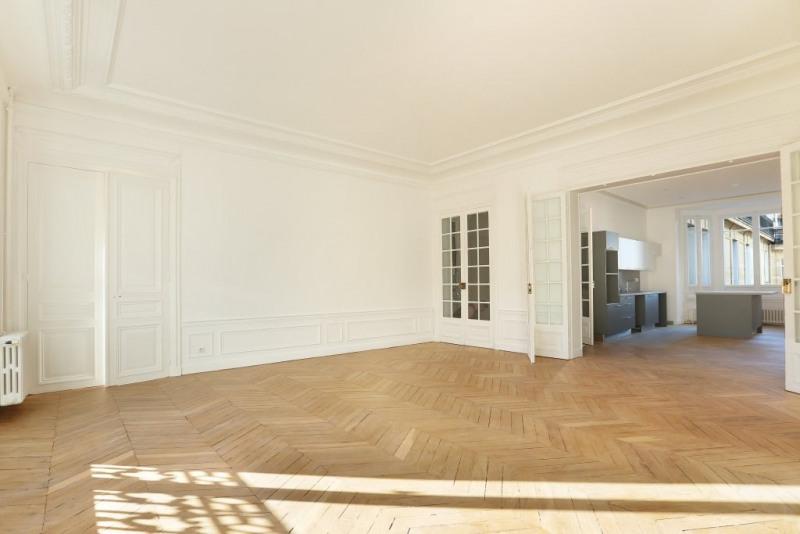 Aрендa квартирa Paris 17ème 6435€ CC - Фото 7