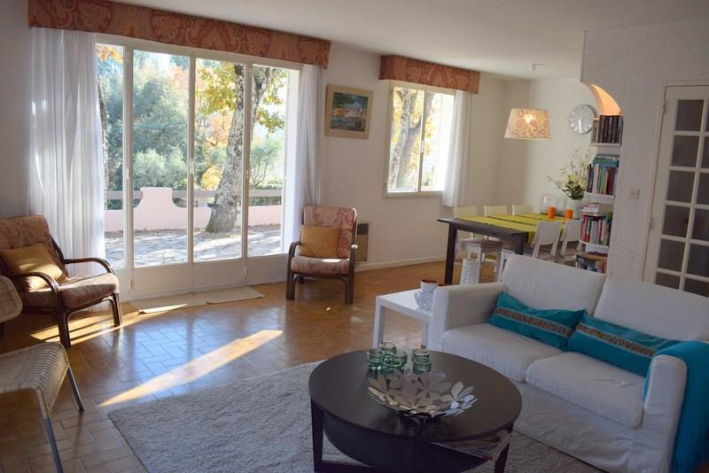 Revenda casa Bagnols-en-forêt 377000€ - Fotografia 12