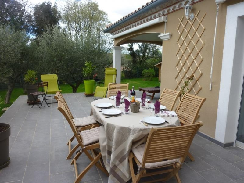 Location maison / villa St maximin 2350€ CC - Photo 3