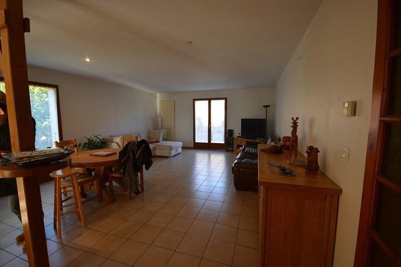 Vente maison / villa L'isle d'abeau 279000€ - Photo 3