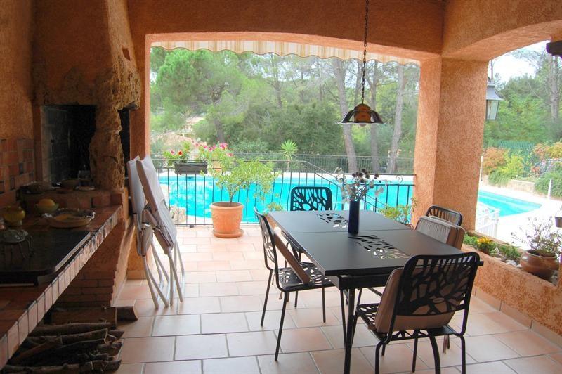 Vente de prestige maison / villa Bagnols en forêt 655000€ - Photo 14