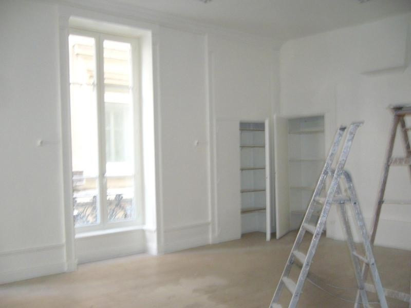 Location boutique Lyon 1er 2 916€ CC - Photo 2